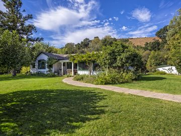Los Olivos farmhouse rental