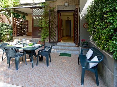 Fabulous apartment in the countryside with garden of 350 sq.m.
