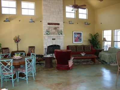 Austin house rental - large open living area