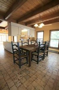 Woodstock chalet rental - Open Dining Room to the Kitchen