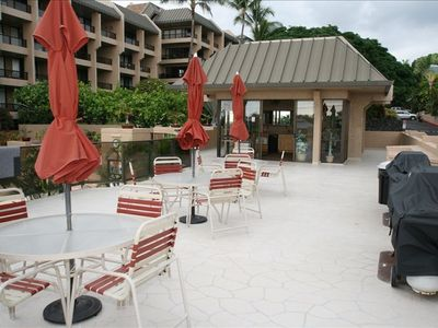 Kailua Kona condo rental - Barbecue Area with Ocean View