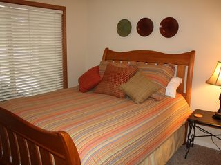 Downstairs Queen Bedroom 2 - Sunriver house vacation rental photo