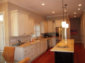 Large gourmet kitchen with center island