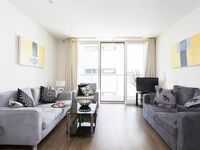 Easy And Modern Apartment With A Balcony In Battersea