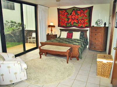 MASTER BEDROOM OPENS TO LANAI