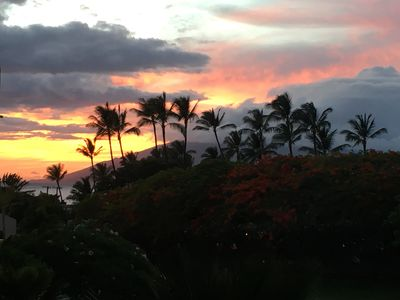 Sunset on the left side of our lanai