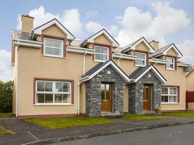 16 SHEEN VIEW, pet friendly in Kenmare, County Kerry, Ref 920400