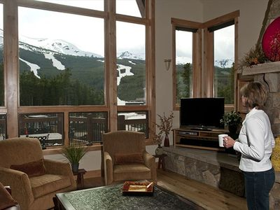 Bristlecone Lodge: Spectacular views of Peak 8