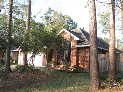Lovely Patio Home on quiet Alden Bridge Cul De Sac located in The Woodlands Texa