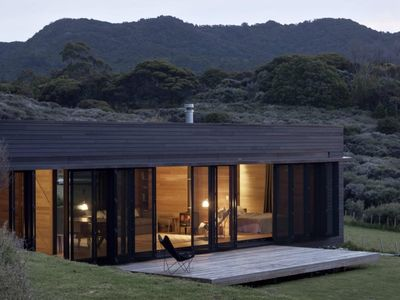 Oruawharo Cottage, Medlands, Great Barrier Island