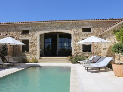 Exceptional home in the village of Gordes