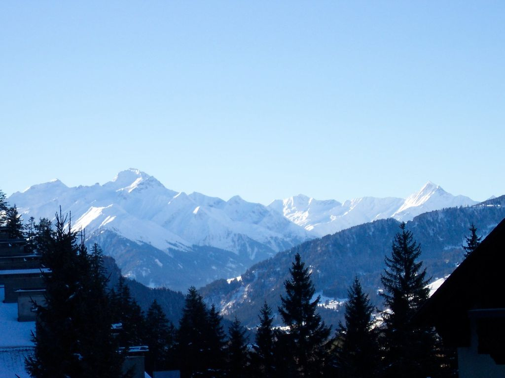 Holiday apartment, 100 square meters , Laax, Grisons