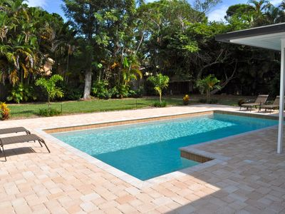 House in Naples Florida - walking distance to the beach