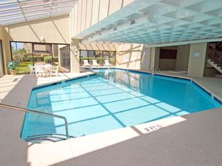 Indoor pool with jacuzzi - Windy Hill condo vacation rental photo