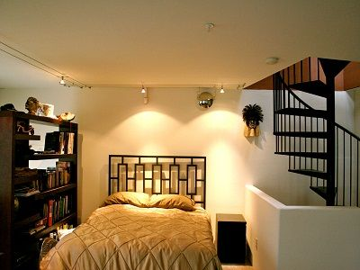 mezzanine queen bed