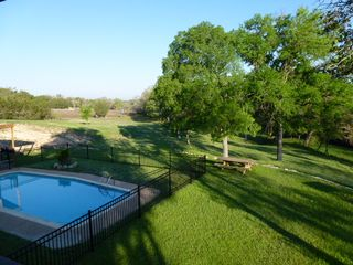 Lampasas house photo - Notice our new fence around the pool!