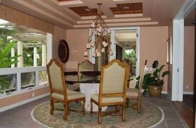 Kailua Kona house rental - The formal dining room seats at least six comfortably.