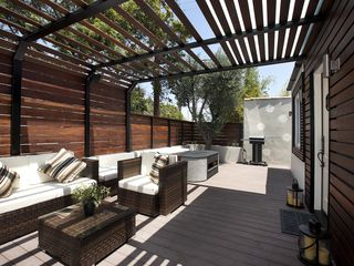 Los Angeles house photo - outdoor lounge