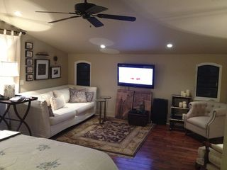 Pasadena studio photo - Living room with 50' plasma T.V.