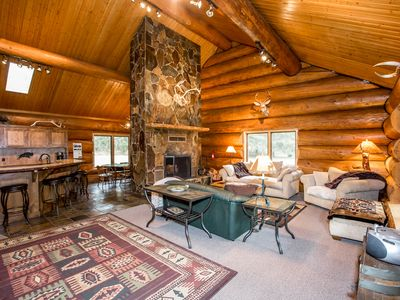 Very Spacious 5 bdrm Log Home on River, Huge Logs, 8 acres, Convenient