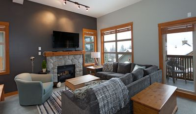 Comfortable Living Area with Gas Fireplace and Flat Screen TV