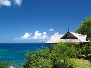 Side view of Ti Zan cottage - Cap Estate villa vacation rental photo