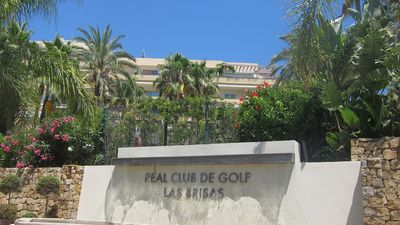 Las Brisas golf club connected to the Residencial