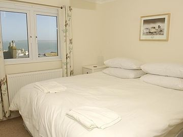 bedroom 2, super king or 2 x singles, harbour view