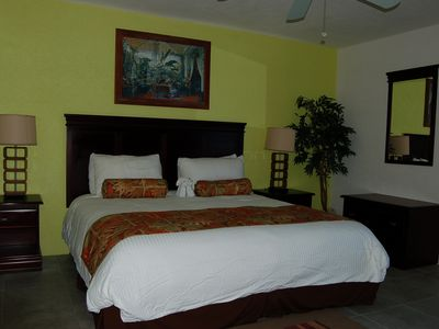 Cozumel condo rental - King Master Suite