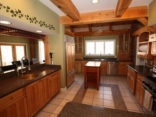 Tannersville house photo - Stunning Chef's kitchen.