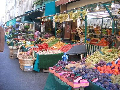 8th Arrondissement Champs Elysees apartment rental - Marché Poncelet :open 7 days a week just one block away