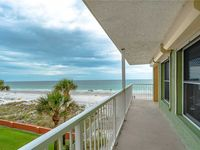 Pointe Condo #201, Gulf Front, 2 Bedrooms, Sleeps 6, Newly Remodeled