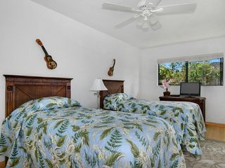 Poipu house photo - First twin bedroom, 2 twin beds which can convert to a King bed