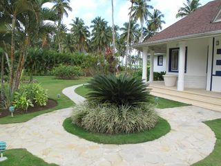 Las Terrenas villa photo - Garden and main entrance of the house.