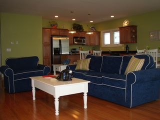 Wildwood Crest condo photo - Living Room-Pull Out Couch