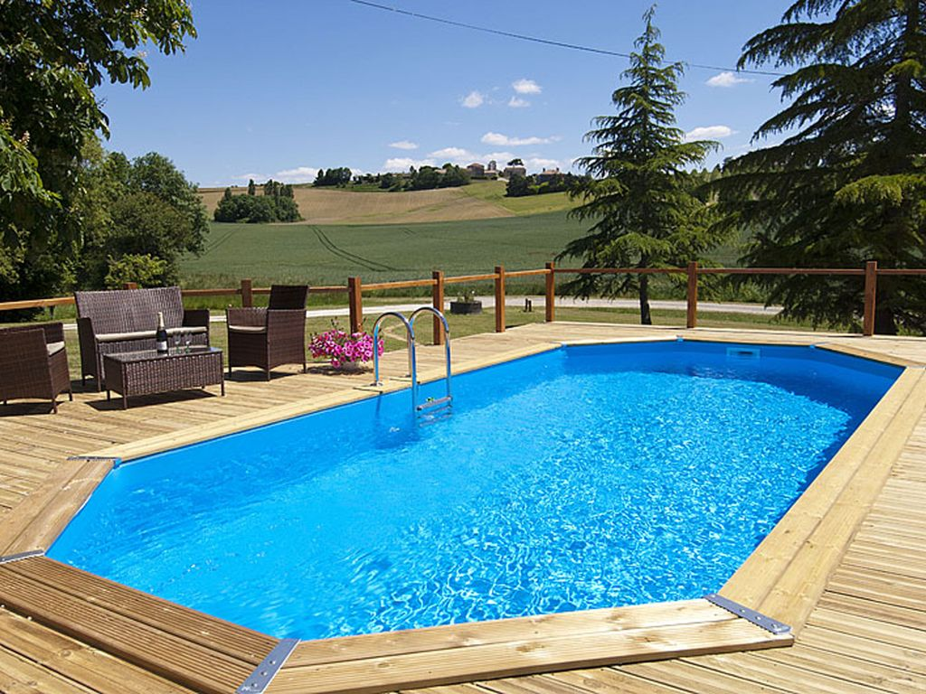 Rural gite with pool near allemans du homeaway seyches for Private swimming pool