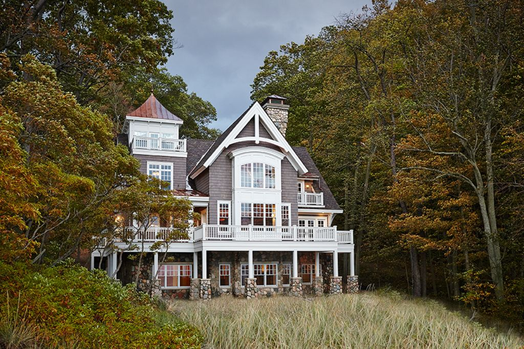 Secluded beachfront luxury on lake michigan homeaway saugatuck douglas for 10 bedroom vacation rentals in michigan