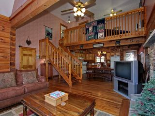 Pigeon Forge cabin photo - Inside View