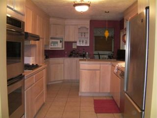 Erie house photo - Fully equipped kitchen, with breakfast nook.