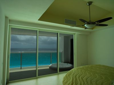 Views of Caribbean from Masterbedroom with direct access to Jet Tub