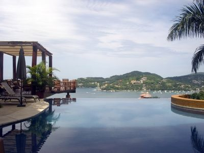Beautiful ocean views and Zihuatanejo views from infinity pool.