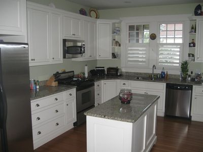 Austin house rental - Updated kitchen.