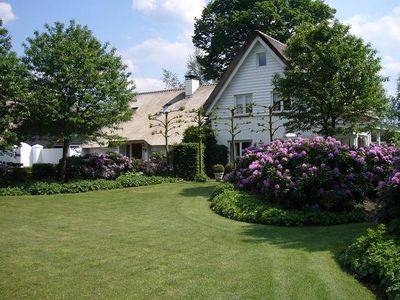 Apeldoorn estate rental - House and garden