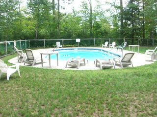 North Conway townhome photo - seasonal outdoor pool