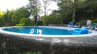 Colares house photo - Pool with chairs