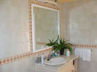 Los Cristianos apartment rental - One of the bathrooms