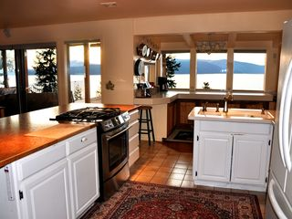 Sandpoint house photo - Fully stocked user friendly kitchen