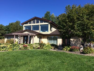 Dream Home Sleeps 14  3,500 square foot home overlooking the Saint John River Valley