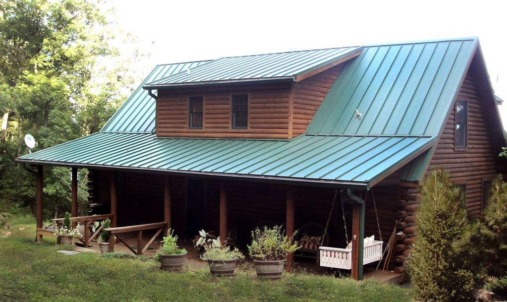 Lake lure getaway luxury at an affordable price 2 br for Asheville nc luxury cabin rentals