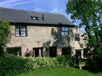 FIRESTONES, luxury holiday cottage, with a garden in Belper, Ref 1453